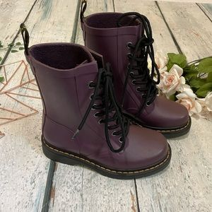 Dr. Martens 5 boots drench purple rubber new fall